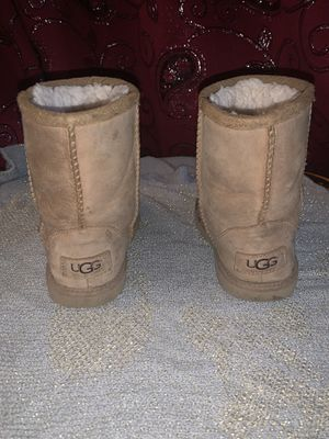 Girls UGG Boots for Sale in Lynwood, CA