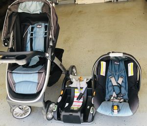 Chico Stroller and car seat used very minimal and in very very good condition for Sale in Dublin, CA