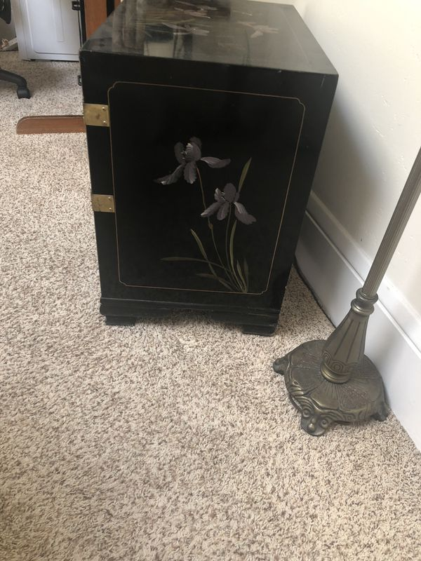 Lovely Asian small cabinet or end table