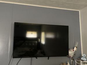 Televisión Vizio 42'' Con base for Sale in Zephyrhills, FL
