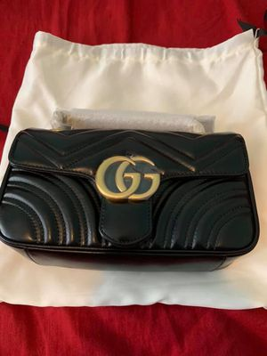 """Gucci GG """" Marmont """" Bag for Sale in Quincy, MA"""