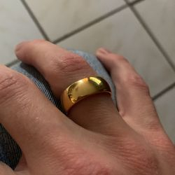 Men's Gold Ring 18k Yellow Gold 1oz for Sale in Rockville,  MD
