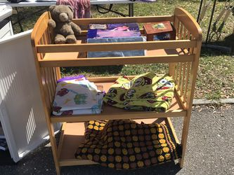 Changing Table Wood for Sale in St. Petersburg,  FL