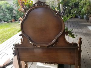 Antique bed twin for Sale in Buena Park, CA