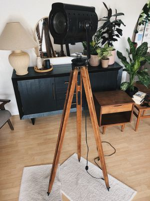 Antique Vintage Tripod Studio Light Lamp for Sale in Los Angeles, CA