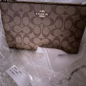 Coach Bag Cross Body for Sale in Rancho Cucamonga, CA