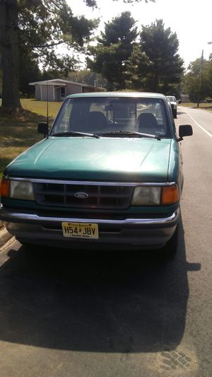 94 ford ranger runs drives everything works as should has low hours 80k looking to sell for 1500 for Sale in Browns Mills, NJ