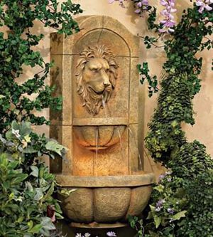 """SHIPPING ONLY 29 1/2"""" Outdoor Roman Wall Fountain Imperial Lion Patio Porch Garden Decoration for Sale in Las Vegas, NV"""