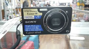 SONY CYBERSHOT DSC-WX1 DIGITAL CAMERA FOR SALE 10.2 MEGA PIXELS 5X OPTICAL 24MM WIDE ANGLE LENS F2.4 BRIGHT LENS!!!! for Sale in Miami Beach, FL
