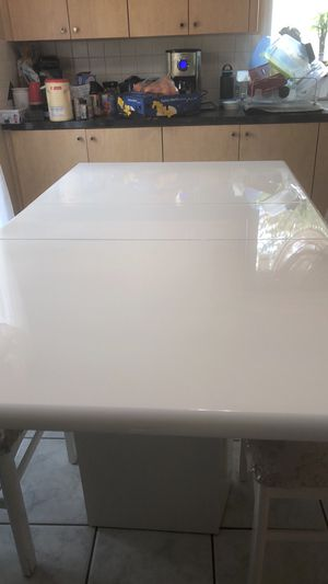 Kitchen dinning table set with 6 chairs for Sale in West Bloomfield Township, MI