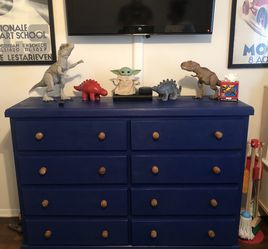 Solid Pine 8 Drawer Dresser for Sale in Long Beach,  CA