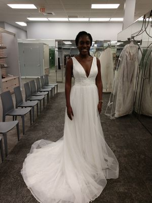 Wedding Dress Ivory Color for Sale in Tampa, FL