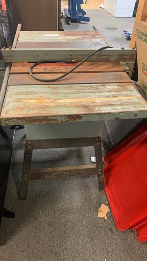 Delta table saw with stand for Sale in Brandon, FL