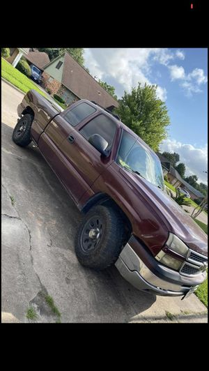 03 Chevy Silverado for Sale in Pearland, TX