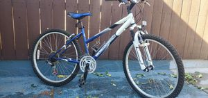 Mongoose pro women's mountain bike for Sale in Altadena, CA