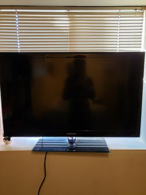 40 inch Samsung TV for Sale in Seattle, WA