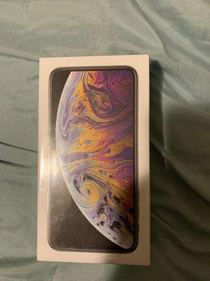iPhone XS Max 64 GB VERIZON for Sale in Clarksburg, MD