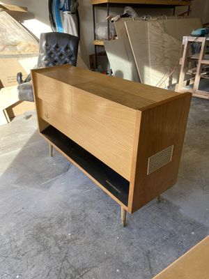 VINTAGE GERMAN MUSICAL INSTRUMENT M 72 PX - GRUNDIG MAJESTIC CONSOLE RADIO/RECORD PLAYER!! for Sale in Kirkland, WA