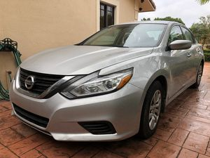 Nissan Altima 2016 Rebuilt 50,000miles like New OBO!!!!!!!!!!!!!!!!! for Sale in Miami, FL