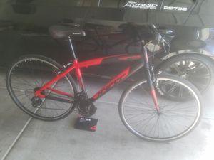 Hyper hybrid mens bike 21 speed for Sale in Las Vegas, NV