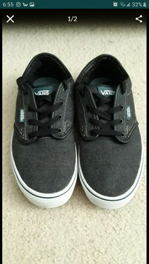 Vans size 5 youth for Sale in San Jacinto, CA