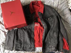 Nike Air Jordan Levi black reversible large jacket for Sale in New York, NY