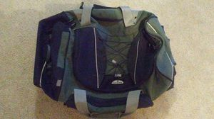 Large Samsonite duffle bag with wheels for Sale in Parker, CO
