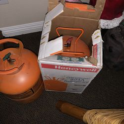 404-a. Refrigerants. Hvac. Freon for Sale in Moapa,  NV