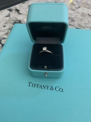 Tiffany's engagement ring for Sale in Modesto, CA