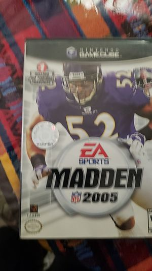 Madden 2005 (complete with manuel) gamecube for Sale in Sioux Falls, SD