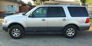 04 ford expedition xlt 4x4 for Sale in Bakersfield, CA