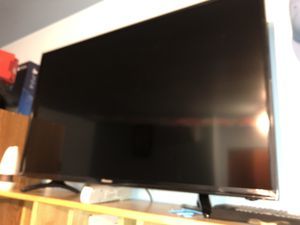 Like new 40 inch TV Still has plastic for Sale in Kentwood, MI