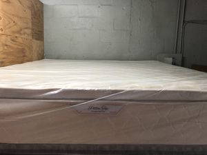 Mattress and box spring for Sale in Hialeah, FL