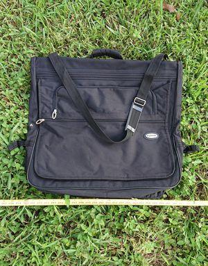 Travel Garment Bag. Black suitbag. Lockable Suit case for Sale in Fort Lauderdale, FL