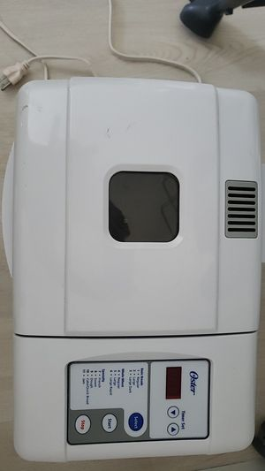 Oster bread maker for Sale in Anaheim, CA