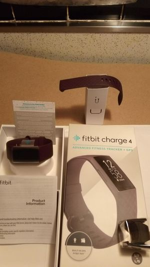 Fitbit charge 4 for Sale in Hazelwood, MO