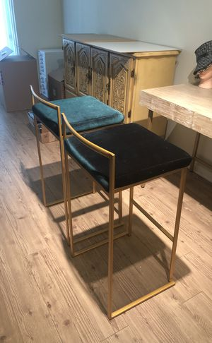 GREEN VELVET ROYAL GOLD / BRASS BAR STOOLS COUNTER STOOLS for Sale in West Hollywood, CA