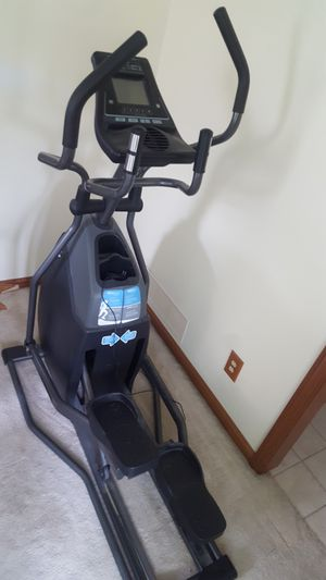 Horizen Fitness Elliptical for Sale in Painesville, OH