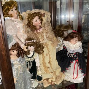 Antique Dolls for Sale in Bedford Heights, OH