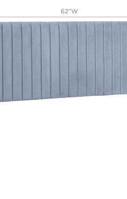 Velvet Tufted Headboard for Sale in Wenonah,  NJ