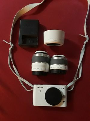 Nikon 1 J1 mirrorless camera for Sale in Portland, OR