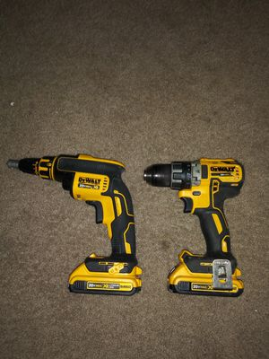 Conbo dewalt brusslees 20 volt for Sale in Alexandria, VA