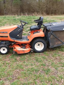 KUBOTA Diesel Tractor With Bagger for Sale in Belton,  SC