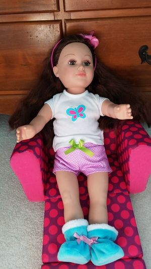 American Doll With couch for Sale in Payson, AZ