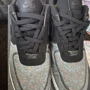 Men Nike Air Force Size 9 for Sale in Milwaukee, WI