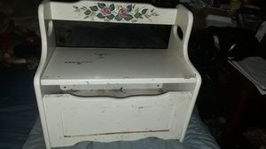 White solid wooden chest with storage for Sale in Lexington, KY