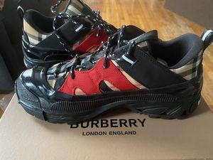 Burberry sneakers men's size 7 for Sale in Philadelphia, PA