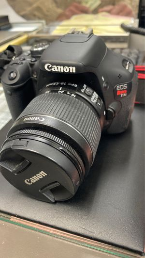 CANON EOS Rebel T3i Camera for Sale in Brooklyn, NY