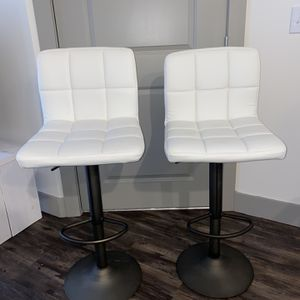 White Swivel Adjustable Height Bar Stools (set of 2) for Sale in Raleigh, NC