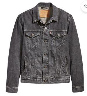 Size large levis jacket for Sale in Oak Lawn, IL